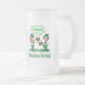 BEANNACHTAM NA FEILE PADEAIG Happy St Patricks Day Mug