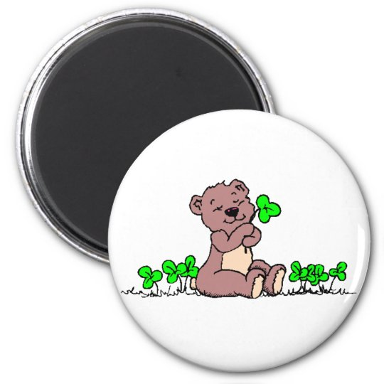 Bear And Clover! 6 Cm Round Magnet