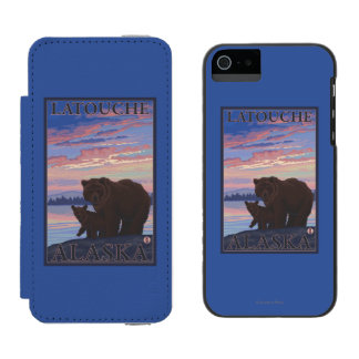 Bear and Cub - Latouche, Alaska Incipio Watson™ iPhone 5 Wallet Case