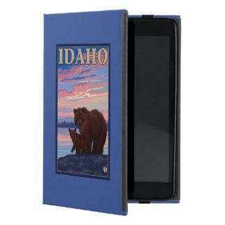 Bear and CubIdahoVintage Travel Poster Case For iPad Mini