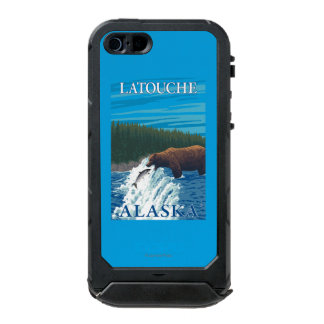 Bear Fishing in River - Latouche, Alaska Incipio ATLAS ID™ iPhone 5 Case