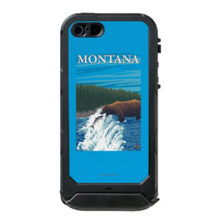 Bear Fishing in River - Montana Incipio ATLAS ID™ iPhone 5 Case
