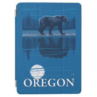 Bear in Moonlight- Vintage Travel Poster iPad Air Cover