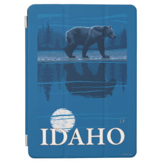 Bear in MoonlightIdahoVintage Travel Poster iPad Air Cover
