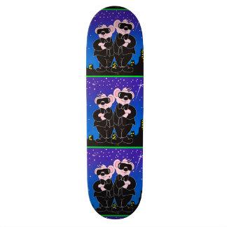 """BEARS IN BLACK ALIEN CARTOON Skateboard 8½"""""""