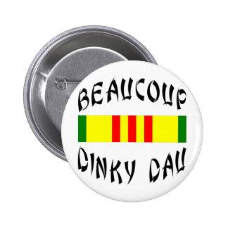 Beaucoup Dinky Dau Vietnam 6 Cm Round Badge