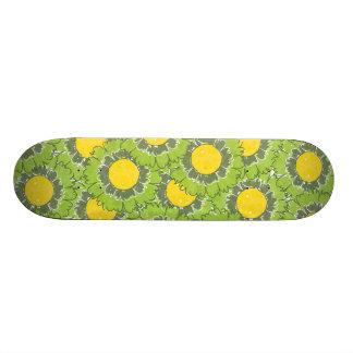 Beautiful Blossoms Skateboard - Green