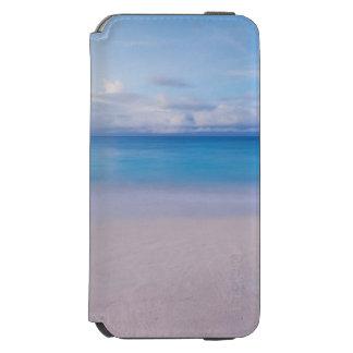 Beautiful Blue Ocean and Beach Paradise Incipio Watson™ iPhone 6 Wallet Case