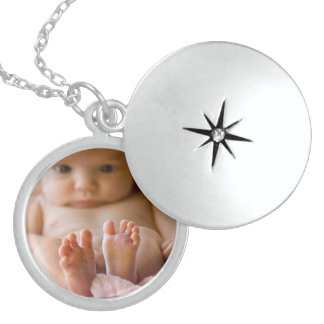 Beautiful Charm Necklace with Picture Inside