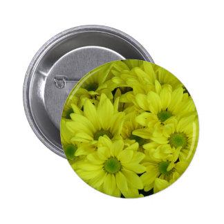 beautiful chrysanthemum 6 cm round badge