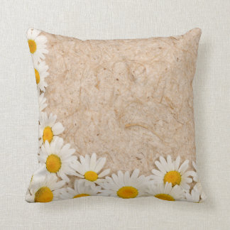 Beautiful daisies cushion