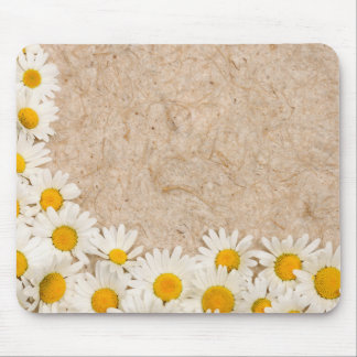 Beautiful daisies mouse mat