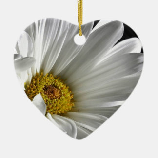 Beautiful Detailed Daisy Christmas Ornament