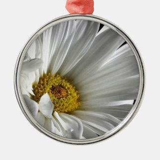 Beautiful Detailed Daisy Christmas Ornament