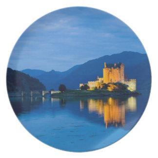 Beautiful Eileen Donan Castle in Western Dornie Plate