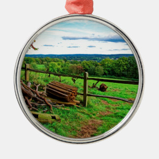 Beautiful English Countryside Silver-Colored Round Decoration
