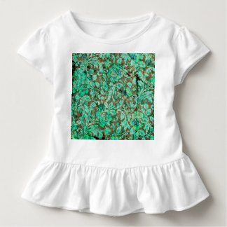 Beautiful floral pattern in green t-shirts