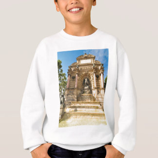 Beautiful fountain in Paris Sweatshirt