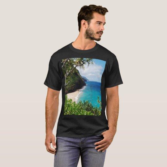 BEAUTIFUL LANDSCAPE OF PORTUGAL ISLAND T-Shirt