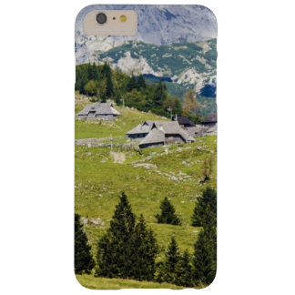 beautiful meadow landscape in New Zealand Barely There iPhone 6 Plus Case