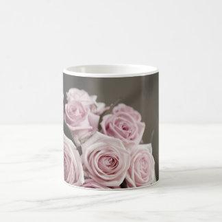Beautiful pink rose bouquet coffee mug