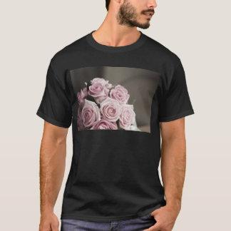 Beautiful pink rose bouquet T-Shirt