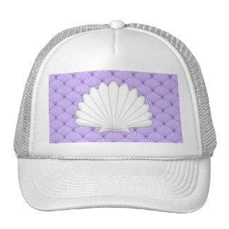 Beautiful Purple Scallop Shell Repeating Patt Trucker Hats
