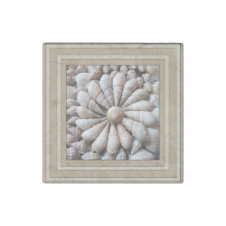 Beautiful Seashell Circle Design Stone Magnet