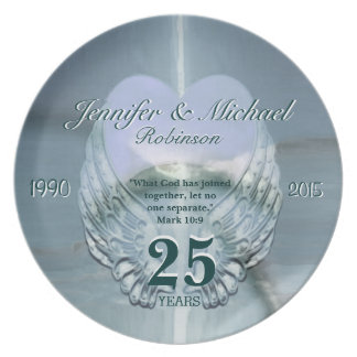 Beautiful Silver Angel Wings and Heart Plate