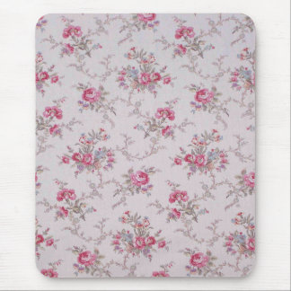 Beautiful soft vintage roses and leaves mouse mat
