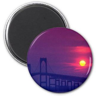 Beautiful Sunset: Sun setting over a bridge, Newpo 6 Cm Round Magnet