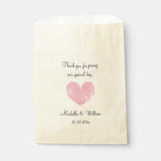 Beautiful vintage heart wedding party favor bags
