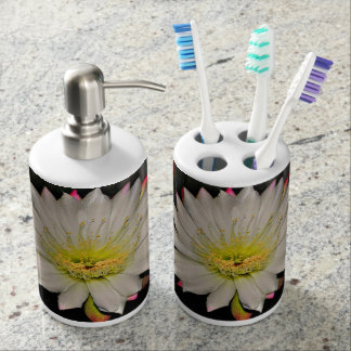 Beautiful White Cactus Flower Bathroom Set