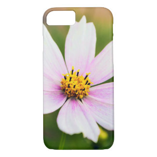 Beautiful White Cosmos Flower iPhone 7 Case