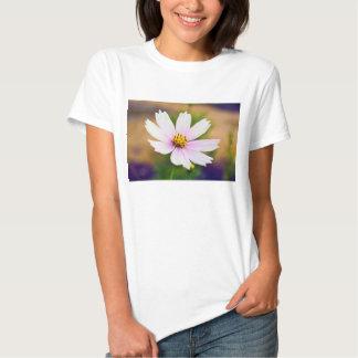 Beautiful White Cosmos Flower T-shirts