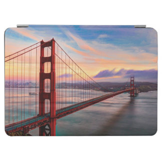 Beautiful winter sunset at Golden Gate Bridge iPad Air Cover