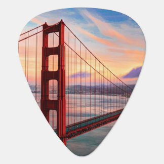 Beautiful winter sunset at Golden Gate Bridge Plectrum
