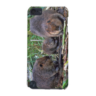 Beaver Family iPod Touch (5th Generation) Cover