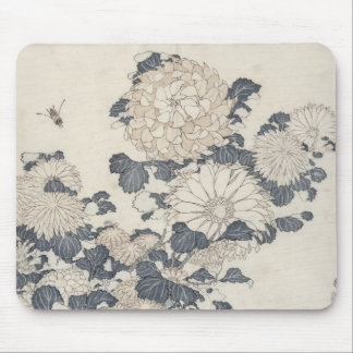 Bee and chrysanthemums mouse pad