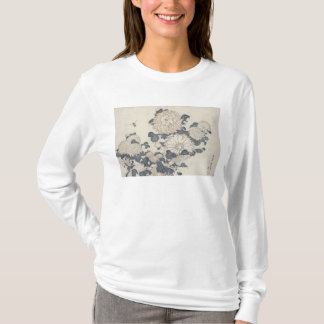 Bee and chrysanthemums T-Shirt
