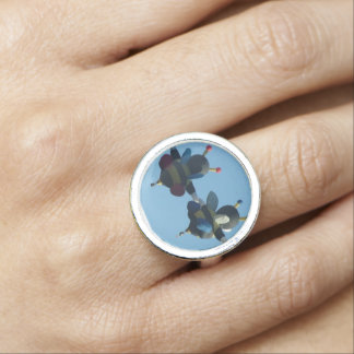 Bee in Love ring