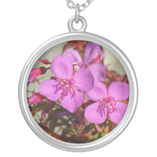 Begonias necklace