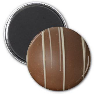 Belgian treats 6 cm round magnet
