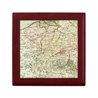 Belgium 3 small square gift box