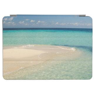 Belize, Caribbean Sea. Goff Caye, A Small Island iPad Air Cover