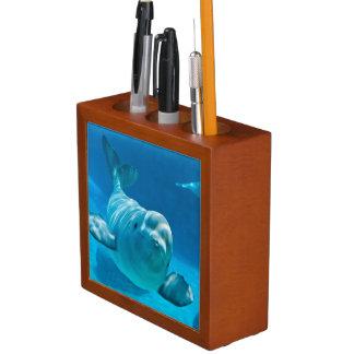 Beluga Whale Desk Organiser