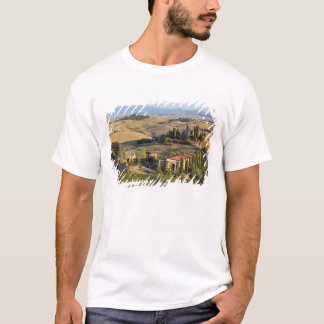 Belvedere House at sunset, San Quirico d'Orcia T-Shirt