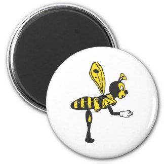 Bending bee 6 cm round magnet