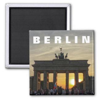 BERLIN Brandenburger Tor, Brandenburg Gate sunset Square Magnet