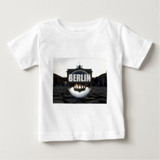 BERLIN Brandenburger Tor, Brandenburg Gate sunset T-shirts